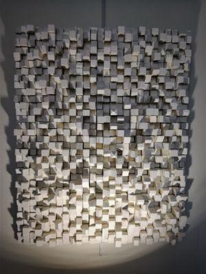 Bas relief blanc 39 cm x 50 cm